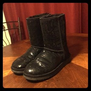Women's Size 8 Black Sequined UGG's With Sheepskin